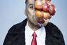 «По-английски выражение apple-faced означает круглый тип лица, круглое как яблоко. У художника Рене Магритта на многих работах у героев apple-face, в буквальном смысле, вместо лица — одно большое яблоко».