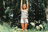 В жару любые средства хороши, даже огородная лейка (фотоаппарат с тем же названием, впрочем, тоже подойдет). Снимок сделал Вэл Сьянов из Чикаго.