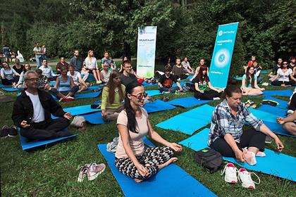 Тренер Мадонны научит москвичей йоге