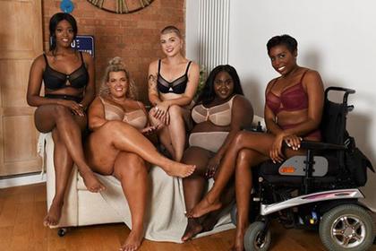 Крупную чернокожую женщину и колясочницу сняли в рекламе белья
