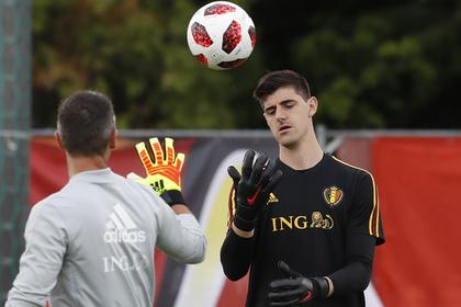 Вратарь «Челси» объявил бойкот клубу и уехал в Мадрид