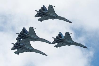 В США оценили шансы Су-35 против американских истребителей