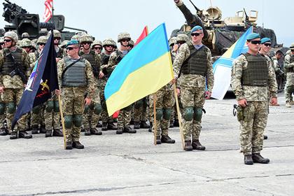 Воинское приветствие вУкраинском государстве поменяют на«Слава Украине! —Героям слава!»