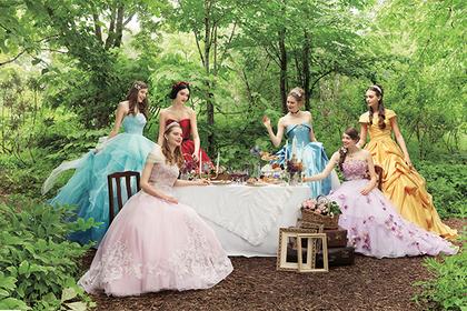 Японцы предложили свадебные платья для ролевых игр