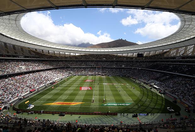 Футбольный стадион Кейптауна во время игры Англии и Кении