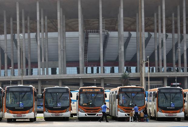Национальный стадион имени Манэ Гарринчи в Бразилиа