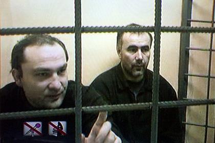 Юсуф Крымшамхалов (слева)