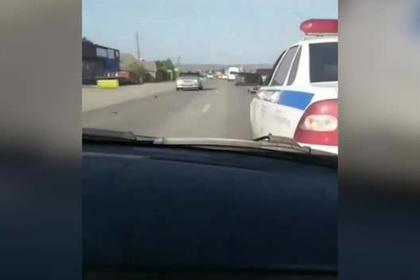 Ингушские мажоры врезались в полицейский экипаж и поехали дальше