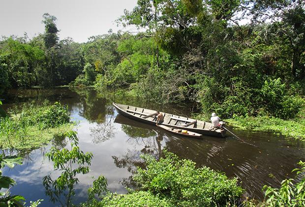 Каяк, на которым мы плавали по Амазонке