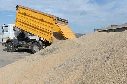 Более 120 тонн зерна намолотили в Подмосковье