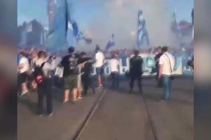Фанаты «Зенита» в Минске прокричали «Мусора — дебилы, а ваш клуб — говно!»
