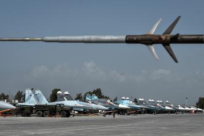 Российские ПВО уничтожили беспилотник боевиков около базы Хмеймим в Сирии