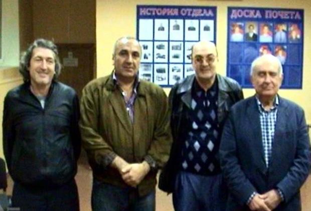 Слева направо: воры в законе Теймураз Джалагания (Чинчхлия), Тариэл Ониани (Таро), Тамаз Корошинадзе (Тамаз), Гурам Чикаберидзе (Чика). 2008 год, Москва