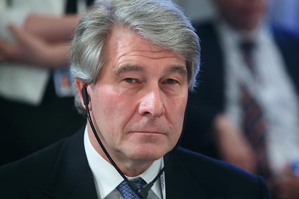 Вольфганг Бюхеле