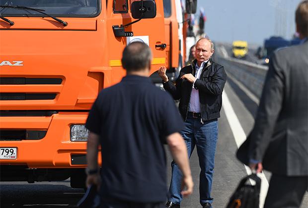 Владимир Путин открывает Крымский мост