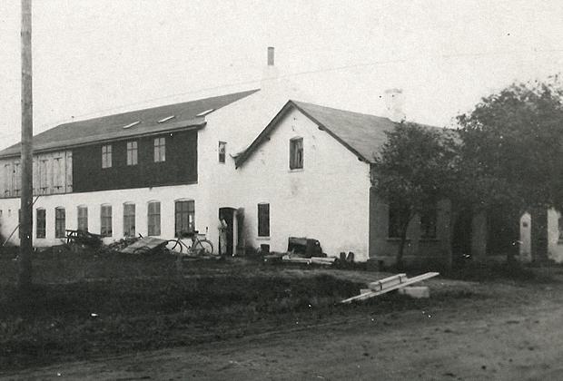 Дом Кристиансенов и столярная мастерская