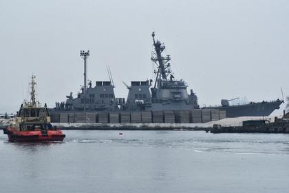 Американский эсминец с ракетами Tomahawk и Harpoon вошел в Черное море