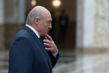Лукашенко назвал причины ненависти народа к чиновникам