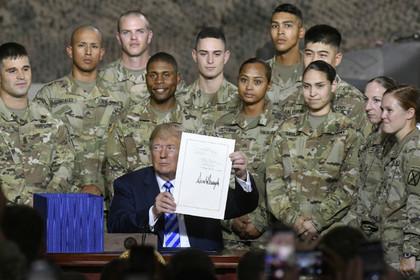 США приняли оборонный бюджет с антироссийскими мерами