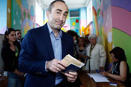Армяне пришли в ярость из-за освобождения бывшего президента страны