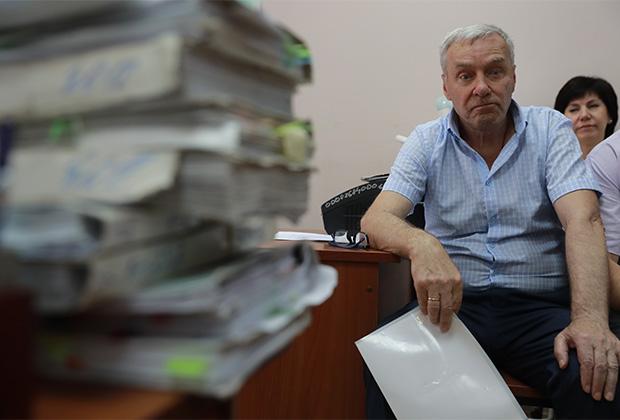 Виктор Захарченко, отец подсудимого