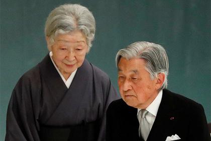 Японский император раскаялся за участие страны во Второй мировой