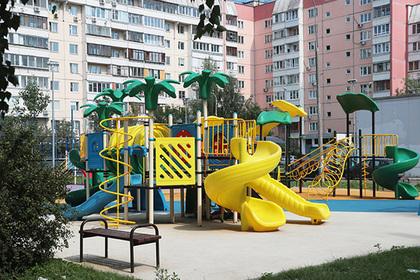 Московские дворы захотели обновлять почаще