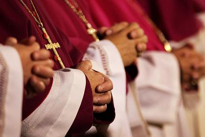 В США узнали о сотнях священников-педофилов в одном штате