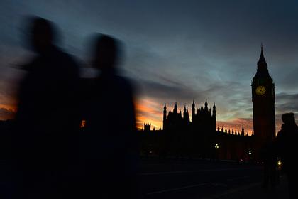 Британцев заподозрили в шпионаже за европейскими дипломатами