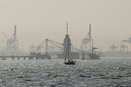 В Турции арестовали судно с российским экипажем