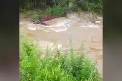 Наводнение в Приморье отрезало шесть сел от внешнего мира