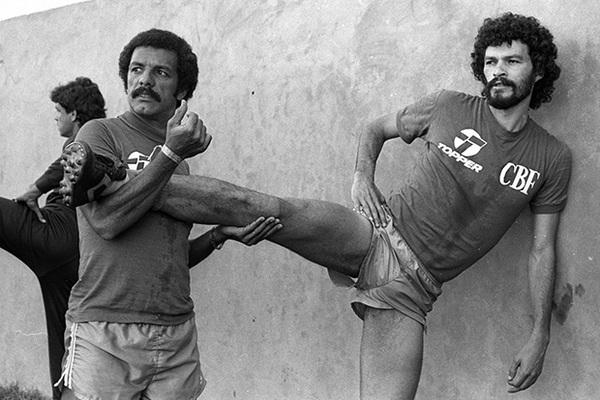 Эти бразильцы покорили мир своим футболом, но так ничего и не выиграли: Футбол: Спорт: Lenta.ru
