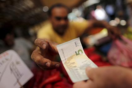 Греция вышла из 3-й программы снобжения деньгами