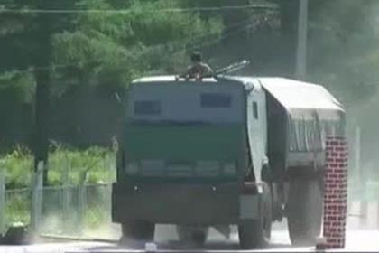 Штурм здания военной полицией попал на видео