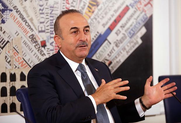 Министр иностранных дел Мевлют Чавушоглу написал статью, в которой дал намек, что Анкара готова пойти на переговоры