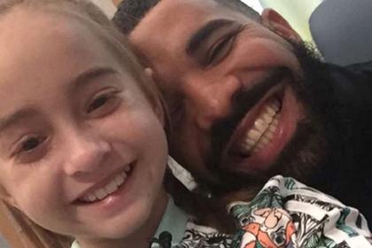 Рэпер Дрейк навестил 11-летнюю девочку перед пересадкой сердца