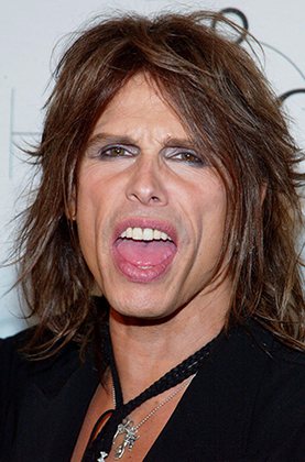 Steven Tyler arriving at the mtvICON: Aerosmith held at Sony Studios in Los Angeles, Ca., April 14, 2002