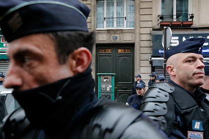 ИГ взяло ответственность за смертельную поножовщину под Парижем