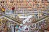 Какой город лучше — Порту или Лиссабон? Ответа нет и быть не может — они слишком разные, но путешественники любят подискутировать на эту тему. Да и сами города невольно конкурируют друг с другом. У Порту есть Livraria Lello, у Лиссабона — Ler Devagar, прекрасный книжный с кафе, расположившийся в здании старой фабрики. Здесь часто проходят культурные мероприятия, на втором этаже — постоянная выставка местного художника Пьетро Просерпио. Идеальное место для отдыха и встреч с друзьями. Совсем рядом — знаменитый мост 25 апреля, так похожий на калифорнийские «Золотые ворота».
