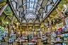 Еще одна жемчужина коллекции — магазин Waterstone в бывшем здании шерстяной биржи в английском Брэдфорде. Тысячи книг, уникальная архитектура и более чем 150-летняя история здания делают это место незабываемым. Если бы не искусственное освещение, было бы почти страшно.