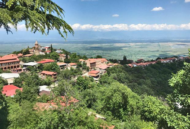 В Грузии все пропитано тонкой и изысканной романтикой. Особенно сильно это чувствуется в городе любви Сигнахи
