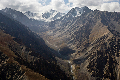 Таджикский туроператор отказался спасать россиян в горах