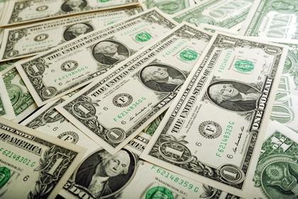 В действиях России усмотрели план по избавлению от доллара