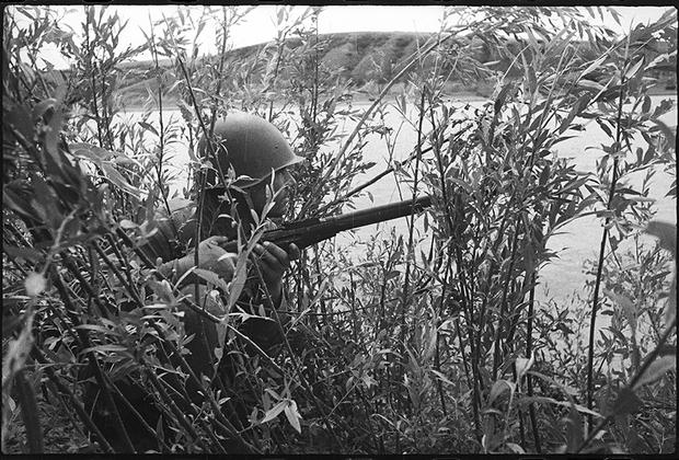 На Дону. В дозоре. Сталинградский фронт. 1942 год.