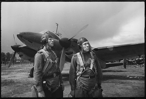 Летчики дивизии В.Г.Грачева. Дата съемки неизвестна.
