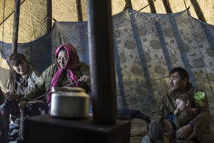 Путин предложил сохранить действующий пенсионный возраст для коренных северян