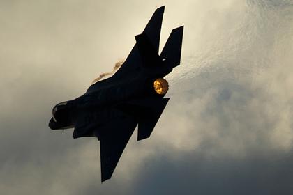 В России объяснили видимость на радарах F-22 и F-35