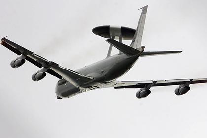 Самолет-разведчик НАТО без спроса полетал у российских границ