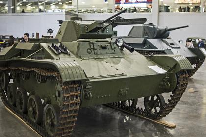Россиянин покатал людей на танке и пожалел