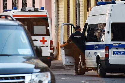 Хулиган в подмосковном парке напал на полицейских с ножом